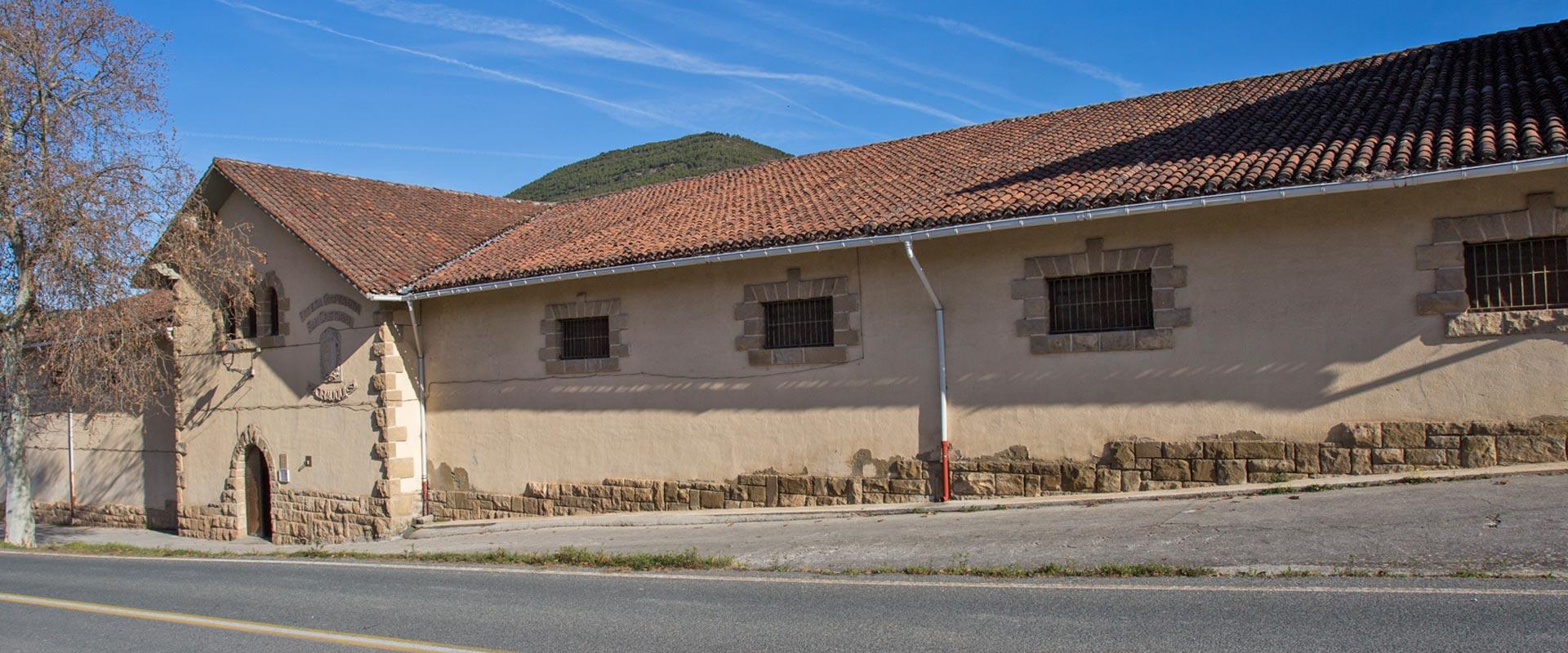 nuestra-historia07-bodegas-san-cristobal-tinto-rosado-navarra-cirauqui